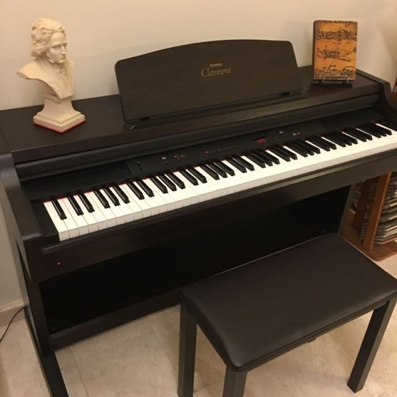 Đàn Piano điện Yamaha CLP-820 | Hoàng Piano